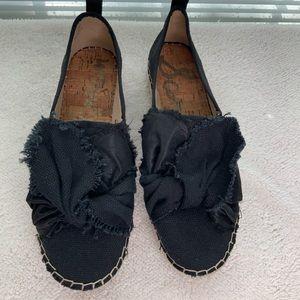 Sam Edelman canvas and satin black loafer sz 9